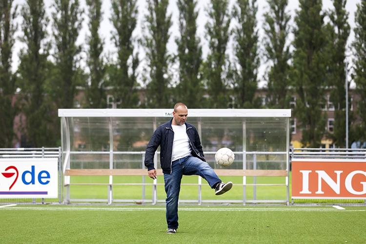 MijnMoerwijk Magazine Sport Ado in Moerwijk Michel Kouer - Met Buurtsportvereniging keert ADO terug naar 'achtertuin
