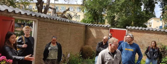 Raadsleden op bezoek in Moerwijk