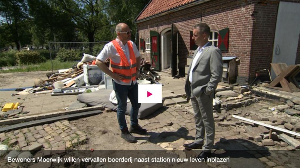 Omroep West reportage DaMoer met Neo de Bono en Arjen Dubbelaar 1024x573 - Bewoners willen vervallen pannenkoekenboerderij naast station Moerwijk nieuw leven inblazen